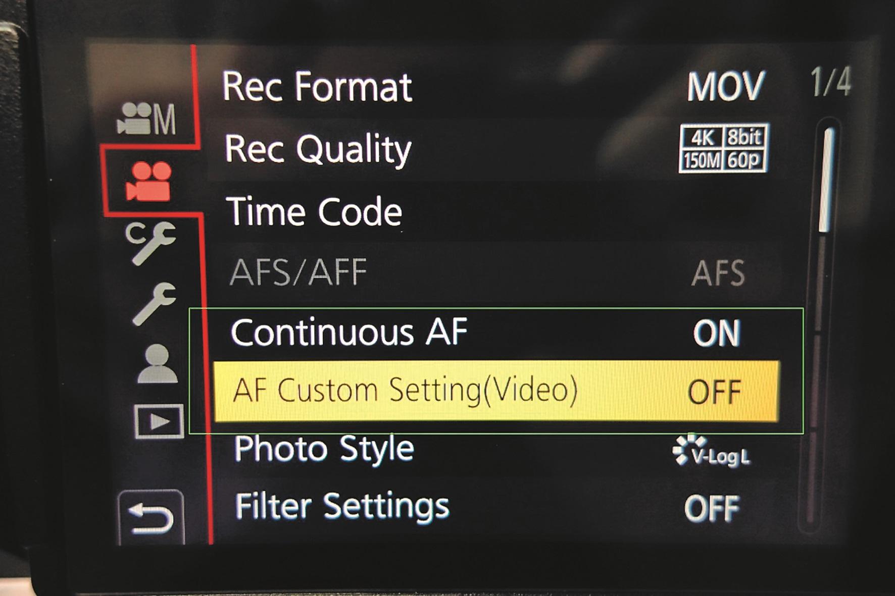 In der Praxis von Filmaufnahmen hat sich gezeigt, dass die Custom-Settings für viele Anwendungsfälle nicht zwingend Vorteile bringen…
