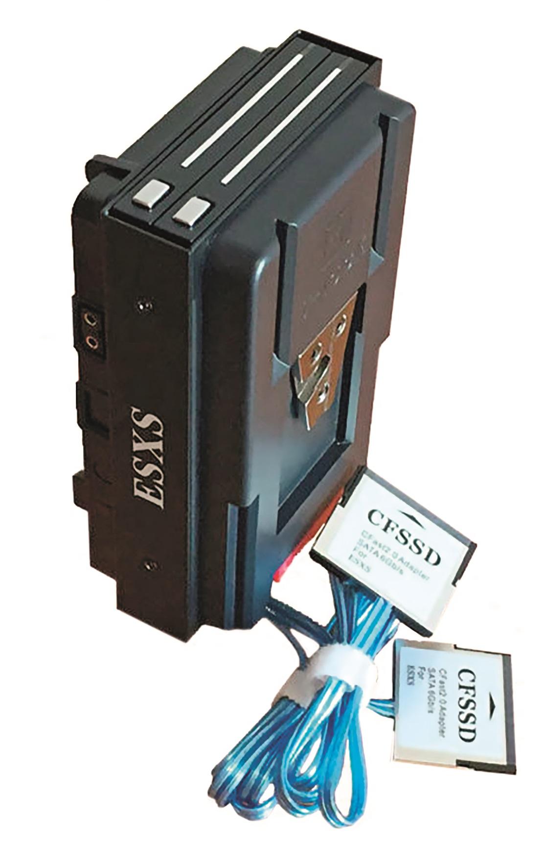 Diese chinesische Variante mit CFast-Adaptern kostet 275 Euro inkl. Versand zzgl. Importkosten.