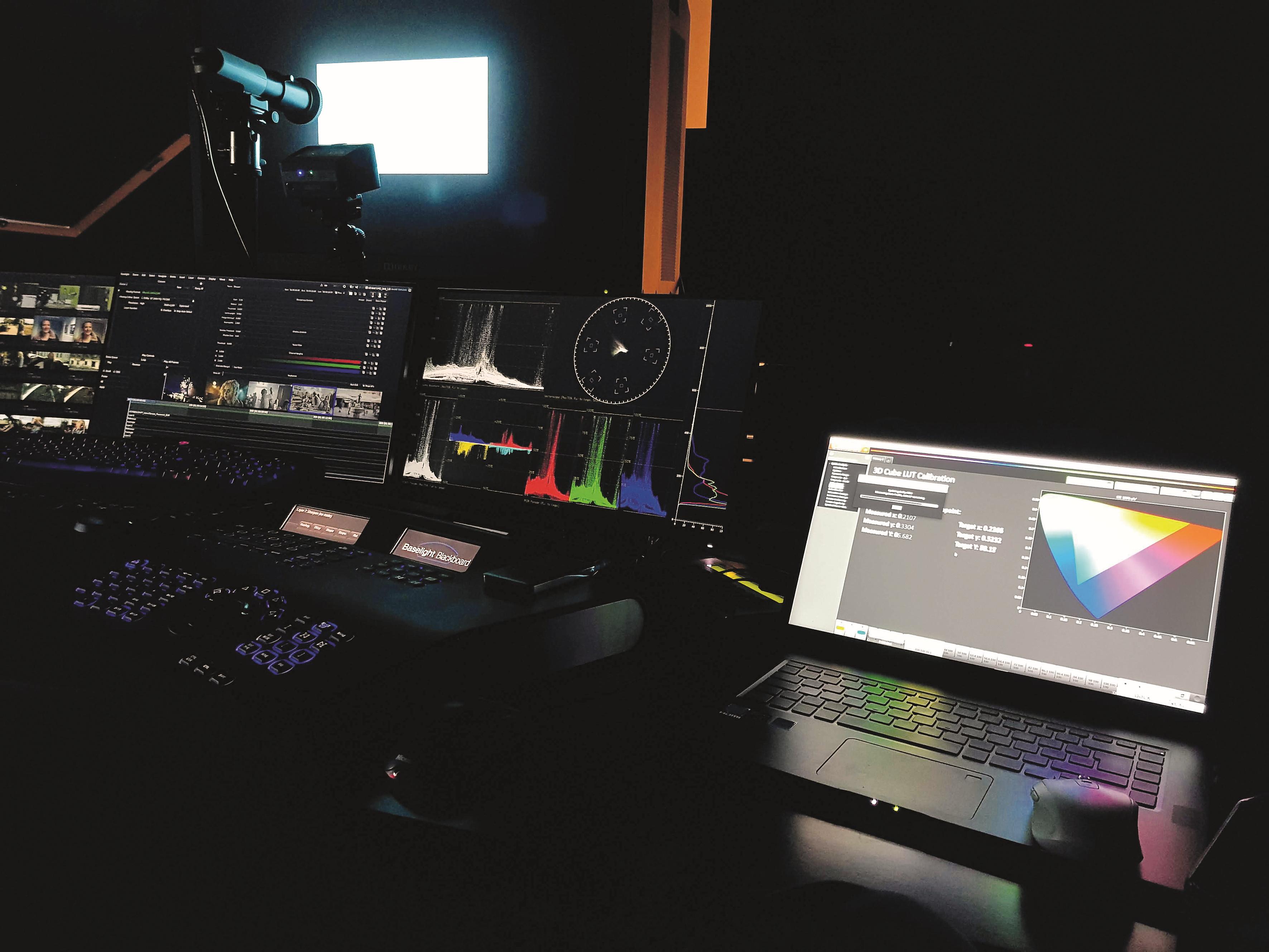 Der Dolby PRM 42OO muss für HLG extra per aufwendiger 3D-Farbraumvermessung kalibriert werden. Dolby liefert für ihre Monitore nur ST2O48/PQ EOTF 3D-LUT-basierte Presets.