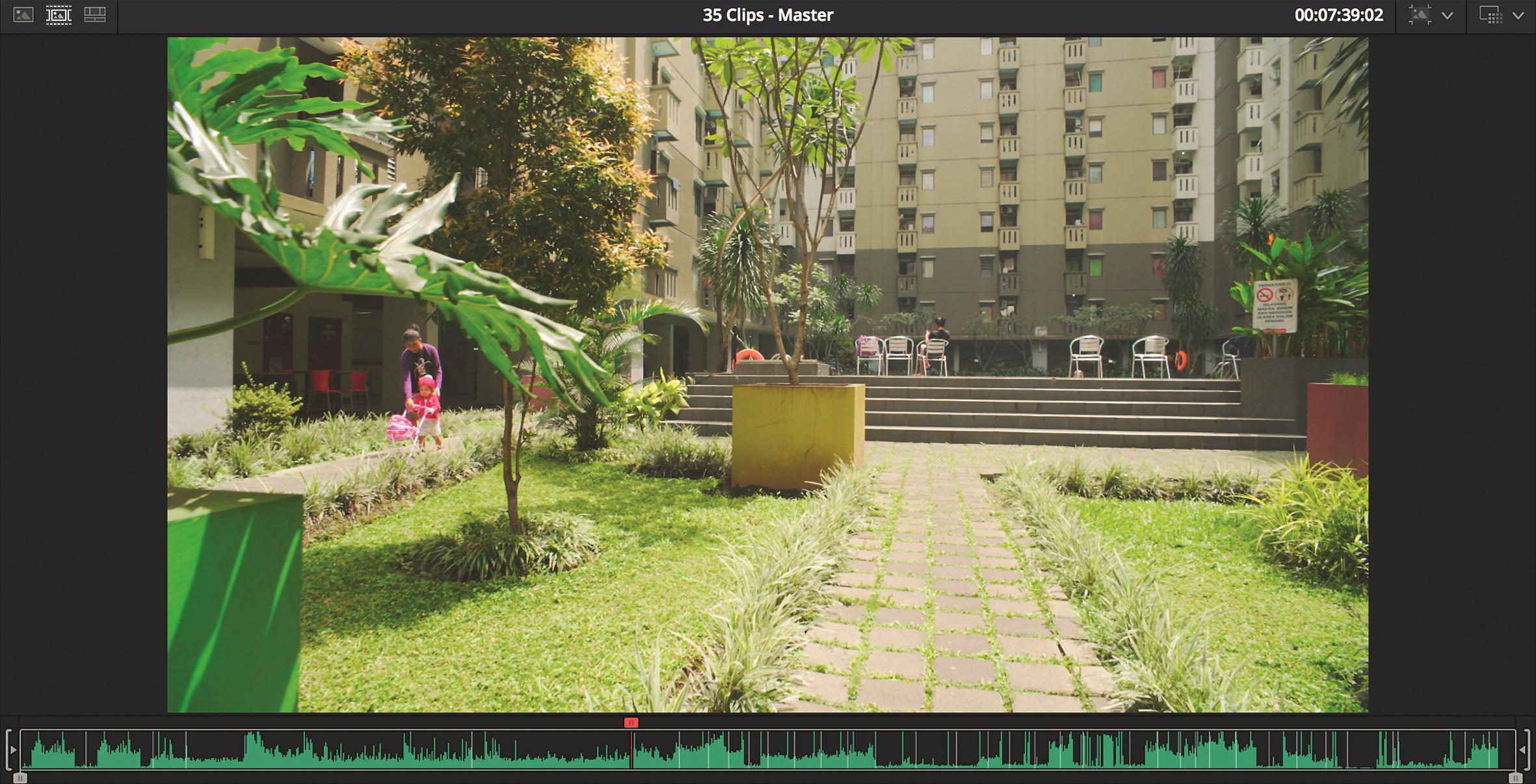 Eine virtuelle Bandmaschine erlaubt die schnelle Sichtung des Rohmaterials.